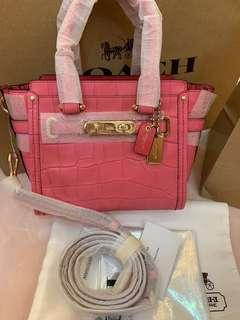 Ready stock authentic coach 37997 pink swagger