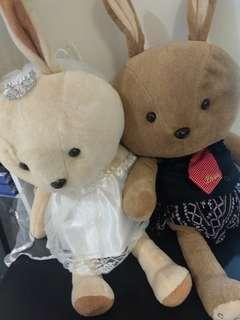 🚚 降價!伊莎貝爾 婚禮專用 超大隻 可愛兔兔新郎新娘