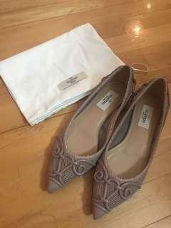 Valentino 粉色平底鞋