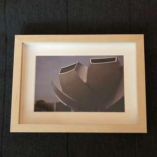 🚚 Photo Frame With Photograph Art Decor