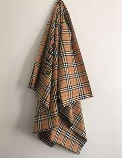Cdg * Burberry 限量聯名oversized 圍巾