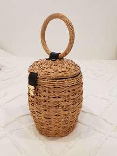 Barrel cane wicker bag