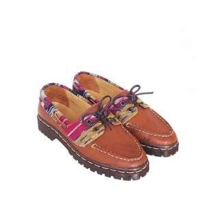 Sepatu Etnik Kulkith