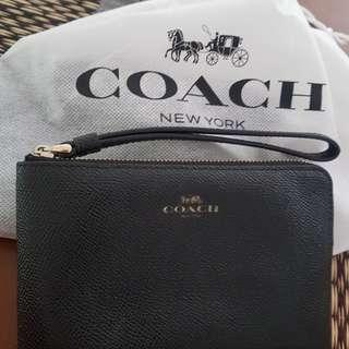 🚚 Coach Wristlet