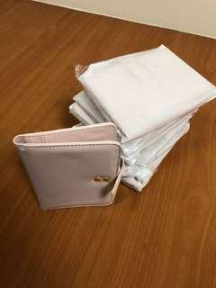 粉紅皮夾全新1個賣20塊