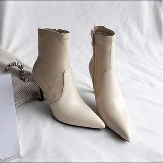 🚚 Kendall Jenner 同款  真皮時髦尖頭靴