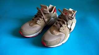 Nike Air Huarache Laser Crimson