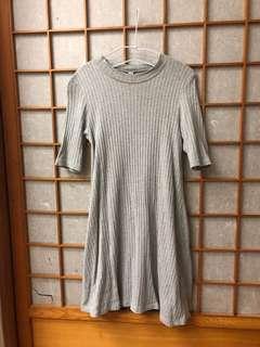 Uniqlo A字洋裝