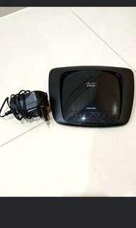 [GIVE AWAY] Cisco Linksys e1000 router