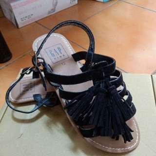 🚚 全新GAP美國帶會女童US12/18cm涼鞋