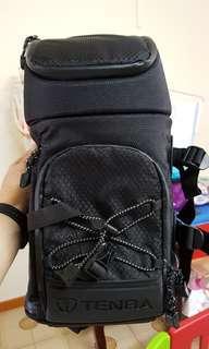 Tenba Shootout Sling Camera Bag (Medium/Black) 632/633