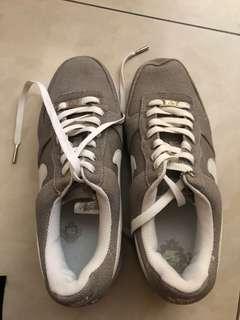 Sepatu nike sepatu pria masi baru gress
