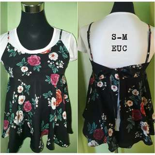 0ee0aaeea397 2 pcs blouse floral and white inner