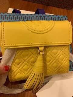 Buyer looking: Tory Burch convertibles box Fleming totes
