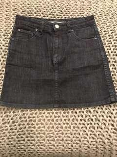 WRANGLER DARK DENIM SKIRT