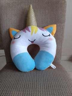 Bantal unicorn
