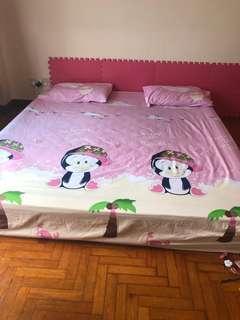 🚚 King size bed mattress