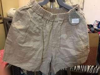 3.3 FIELD TRIP 少女短褲
