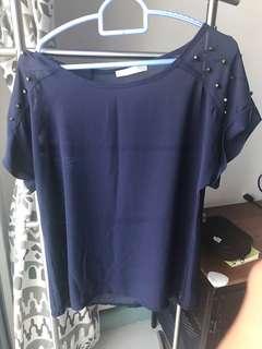 Paku-paku blue top