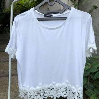 minimal white flower top