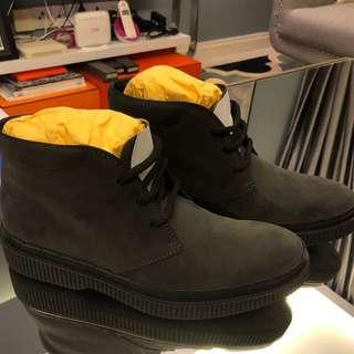 #MakeSpaceForLove TOD'S MEN'S GREY LEATHER ANKLE BOOTS (SHOE'S)