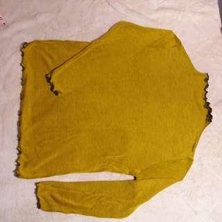 Sweater Kuning Kehijauan