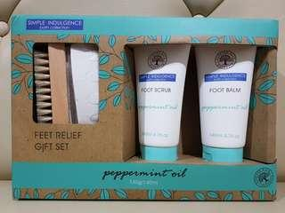 Peppermint oil feet relief gift set