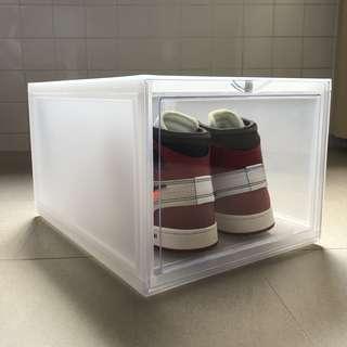 Sneaker Display cabinet stackable