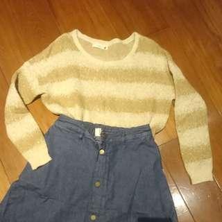 Earth 條紋造型毛衣(卡其色)