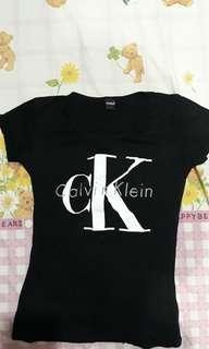 Baju atasan wanita tumblr calvin klein