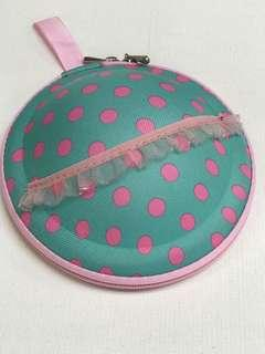 Bra bag with zip