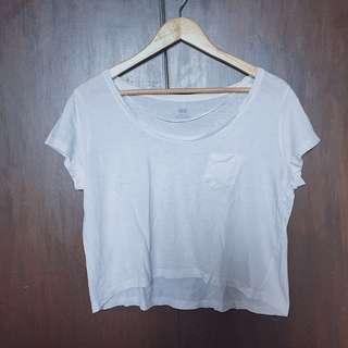 White Cropped/ Hanging tee w/ pocket