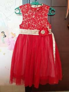 Donita lace dress