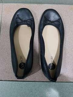 Solemate Shoes
