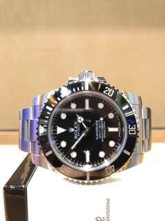 Pre Owned Rolex Oyster Submariner 114060LN Black Dial Automatic Steel Casing Bracelet
