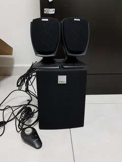 🚚 Speakers