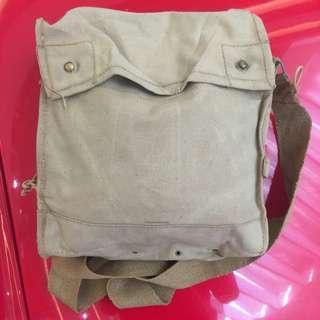 Sling bag 5