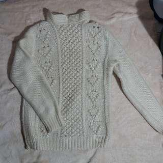 Sweater Rajutan Wool