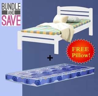 🚚 White bedframe
