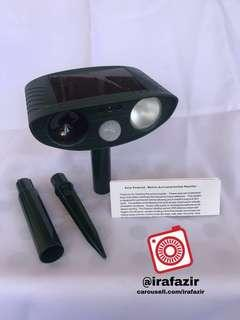 SOLAR POWERED - MOTION ACTIVATED ANIMAL REPELLER (ULTRASONIC)