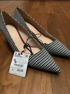 🚚 BN Zara houndstooth shoes