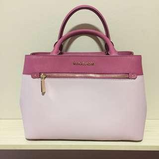 🚚 Pink MK Handbag