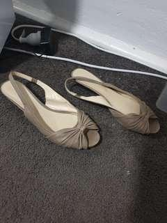 Size 10 Small Wedges