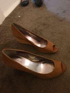 Size 10 Brown Wedges