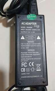 🚚 Power adapter