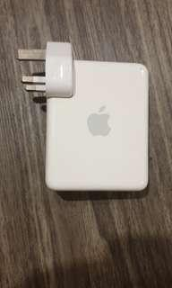 🚚 Apple Airport Express Base Station