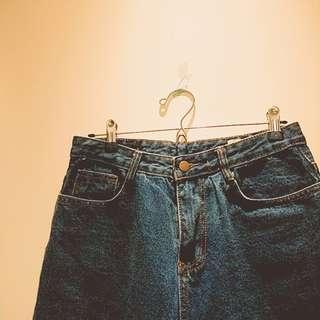 🚚 保留中!Lulu's 超級好看破褲直筒牛仔褲 #我單身我驕傲