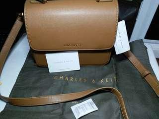 Sling bag ori Charles & Keith