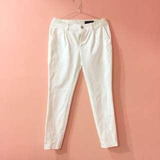 White stretch pants / celana putih