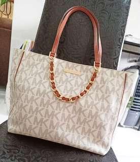 PRE LOVED MK TOTE BAG (ORIGINAL)